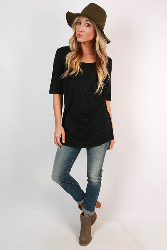 Scoop Neck Vintage Solid Tee in Black