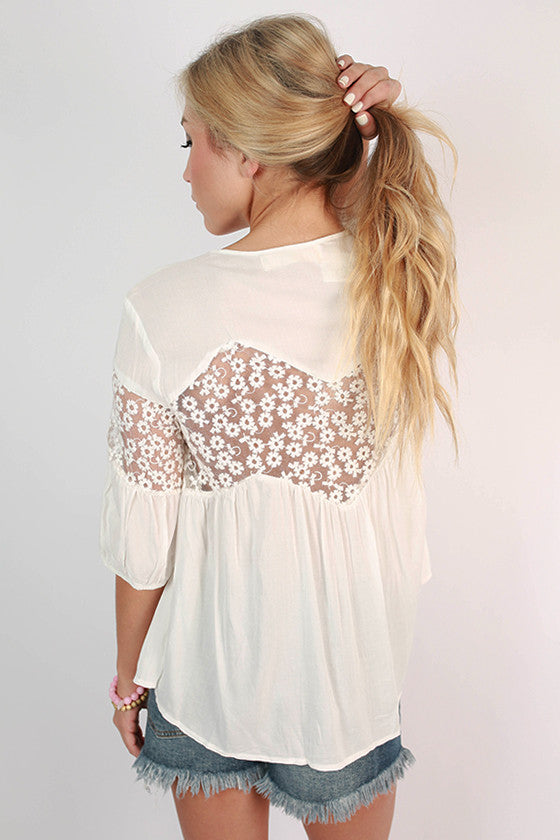 What A Stunner Lace Top in White