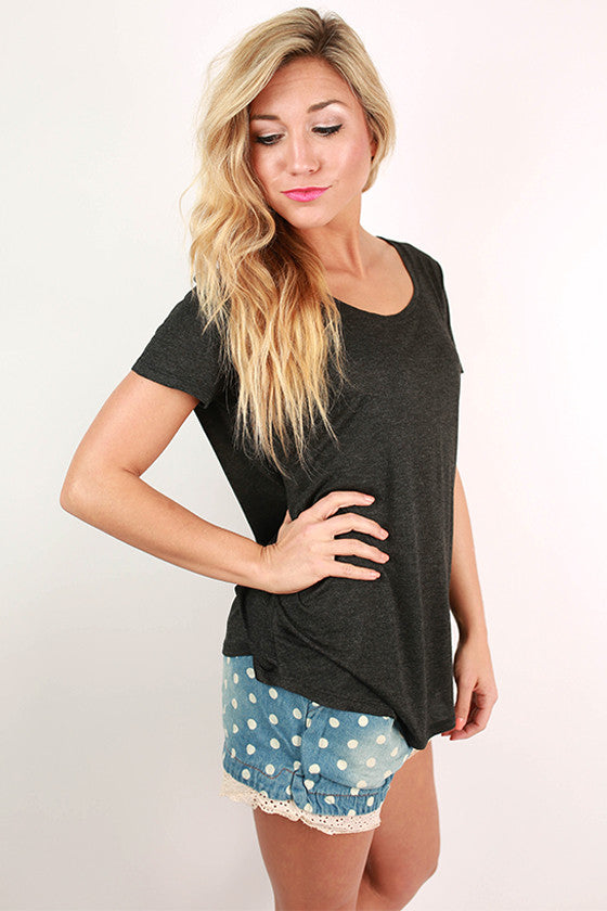 Barbados Bliss Scoop Neck Basic Tee in Charcoal