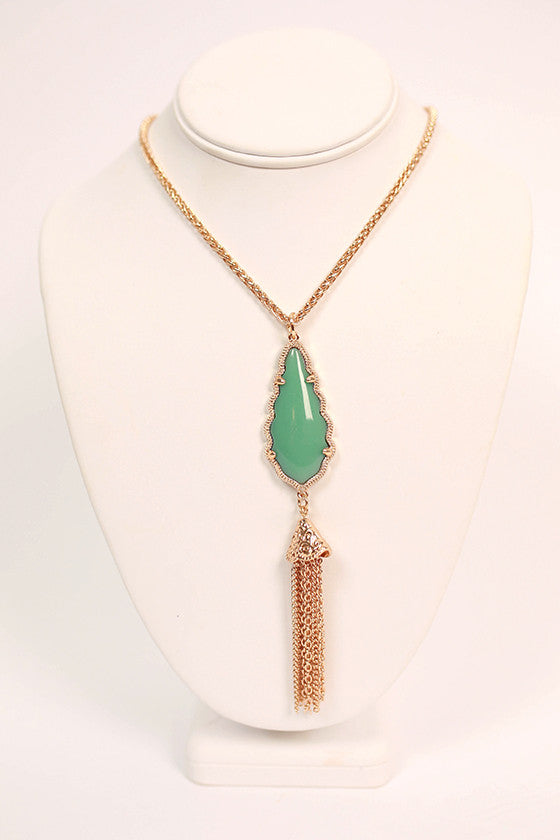 Queen For A Day Necklace in Ocean Wave