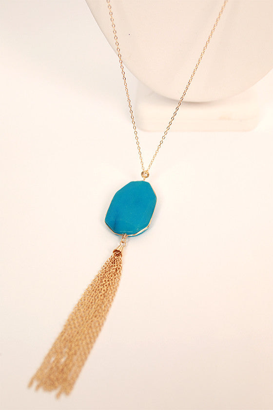 Radiate Beauty Necklace in Electric Blue
