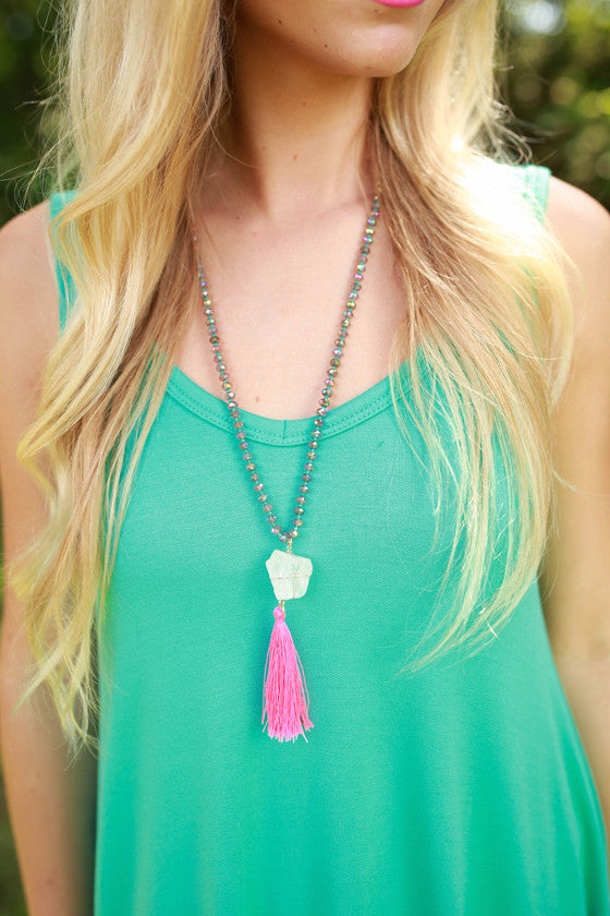 Dancing Queen Necklace in Pink