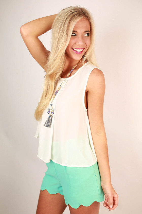 So Presh Scallop Shorts in Aqua