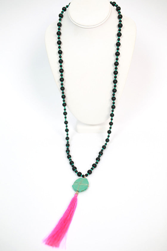 Jewel of the Sea Necklace in Black