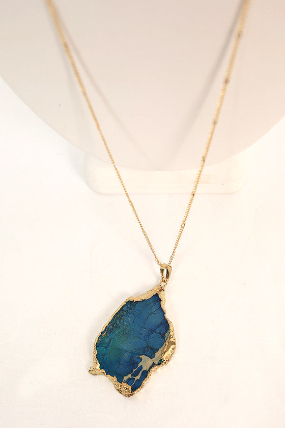 Lola Lovely Natural Stone Necklace in Blue