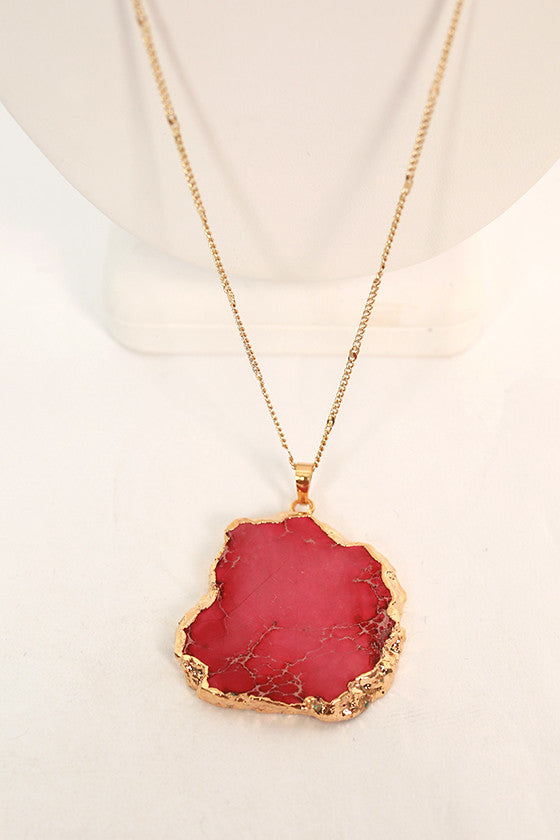 Lola Lovely Natural Stone Necklace in Fuchsia