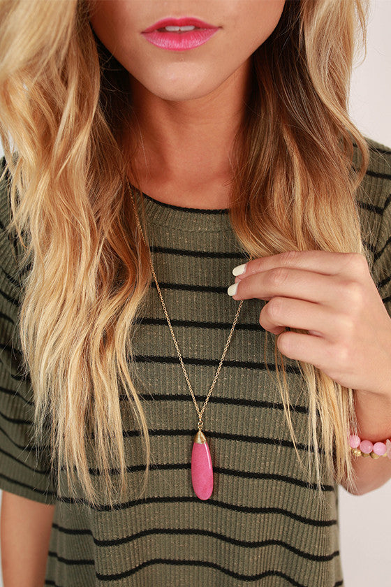 Top Me Off Timeless Necklace in Fuchsia