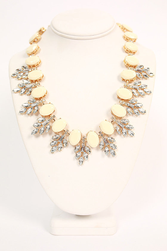 Champagne Giggles Necklace in Ivory