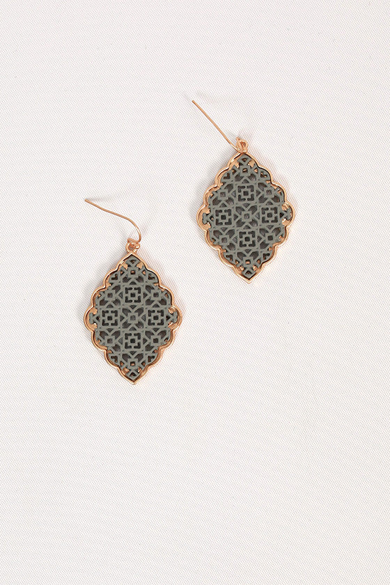 Hello Lucky Girl Earrings in Dark Grey