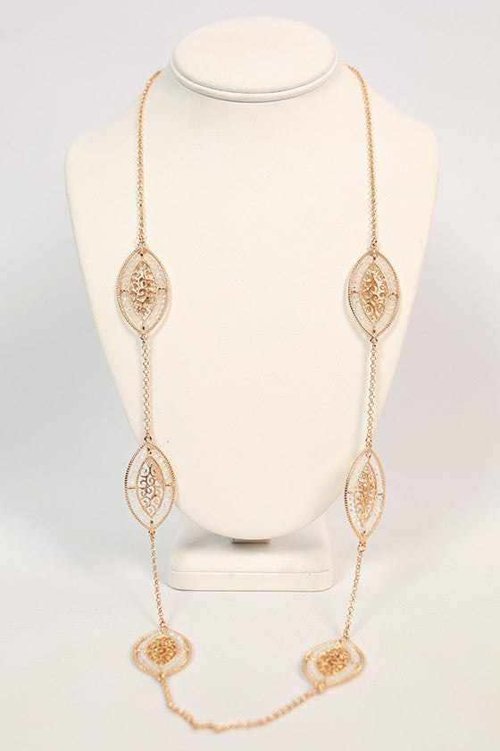Paint The Town Luxe Necklace in Gold
