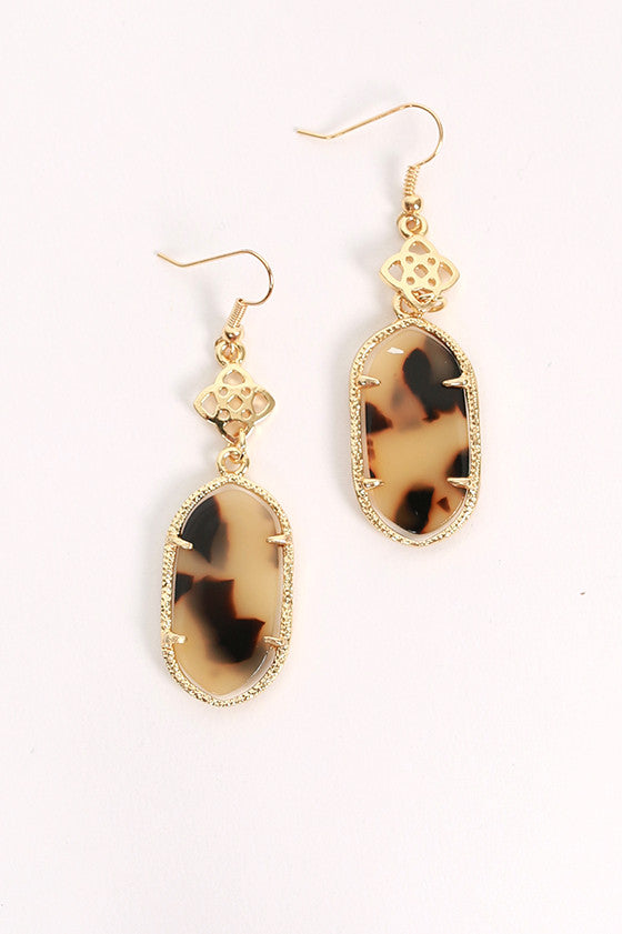 Lilly Scroll Earrings in Stained Glass Beige