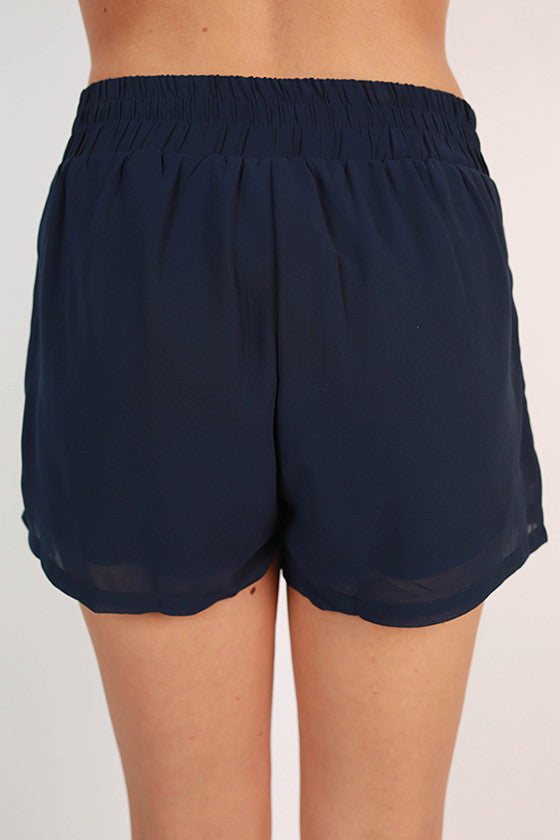 Breezy Keen Shorts in Navy