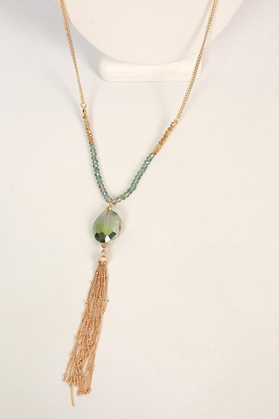 Weekend Sparkles Tassel Necklace in Pear