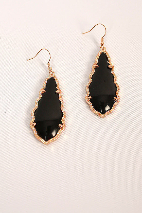 Queen For A Day Earrings in Black