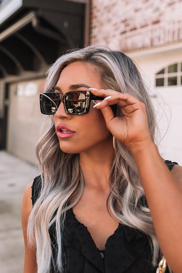Luau Luxury Sunnies In Black
