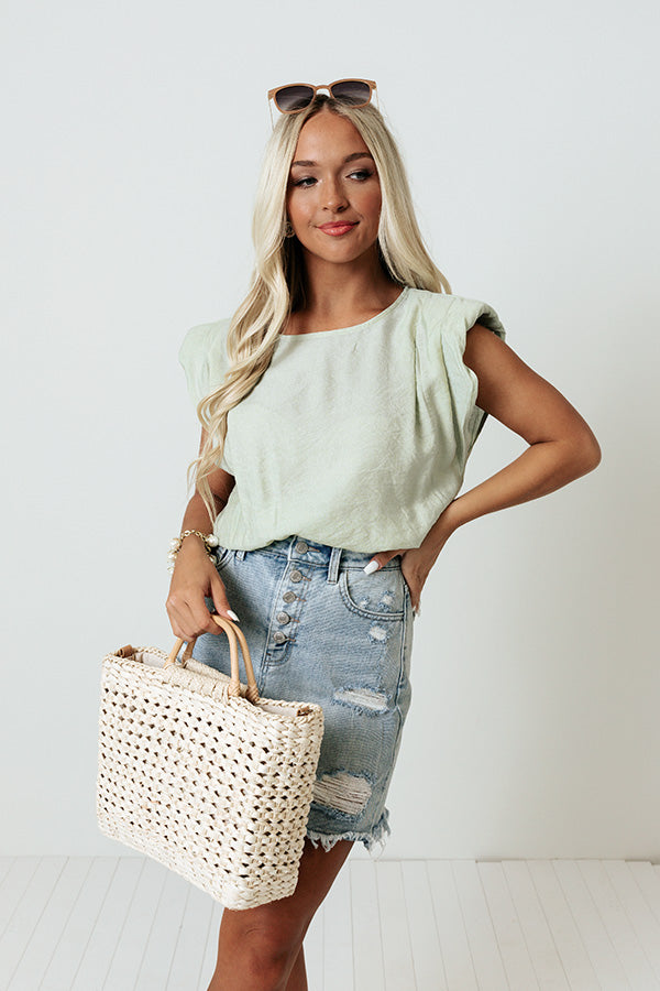 Well Curated Top In Pear