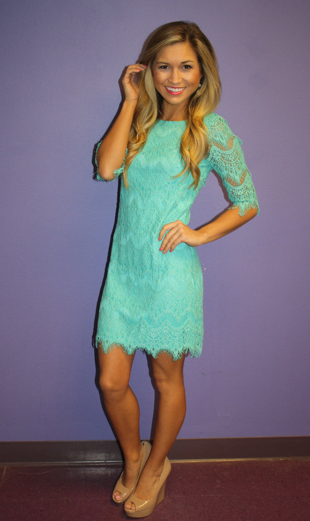 Blushing in Lace Mint