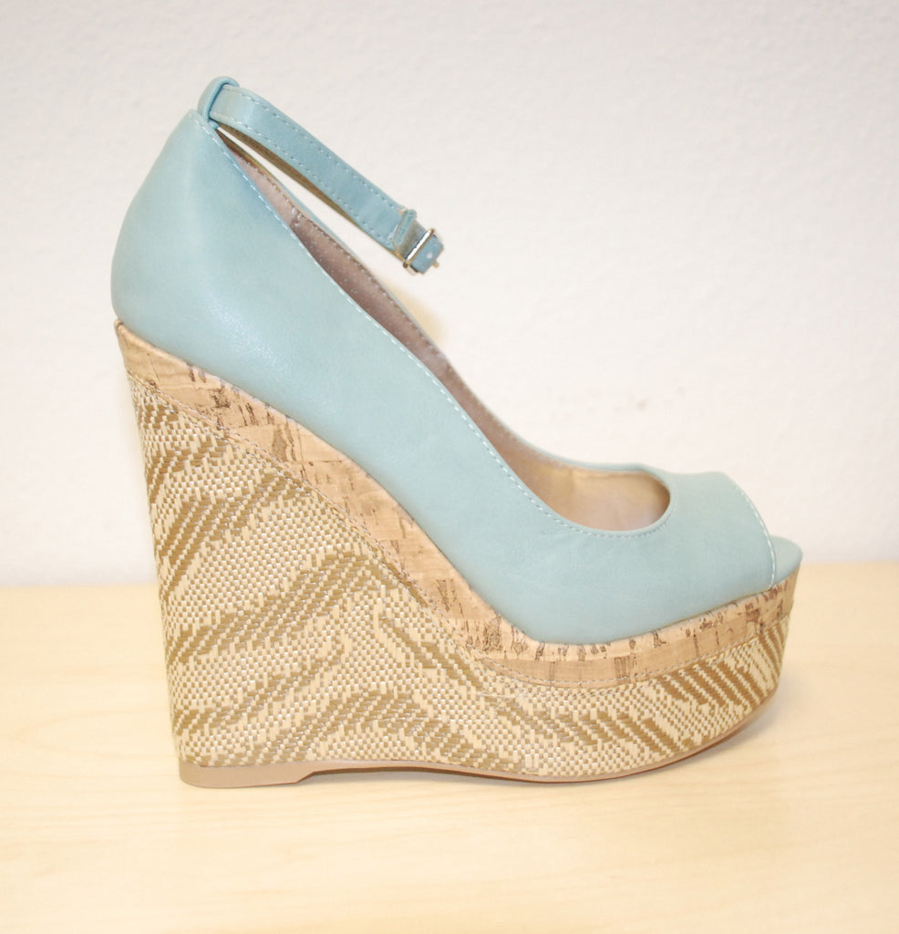 Perfection Wedge in Turquoise