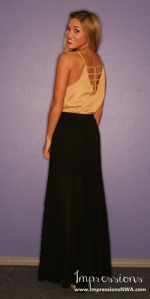 Statement Maker Skirt in Black