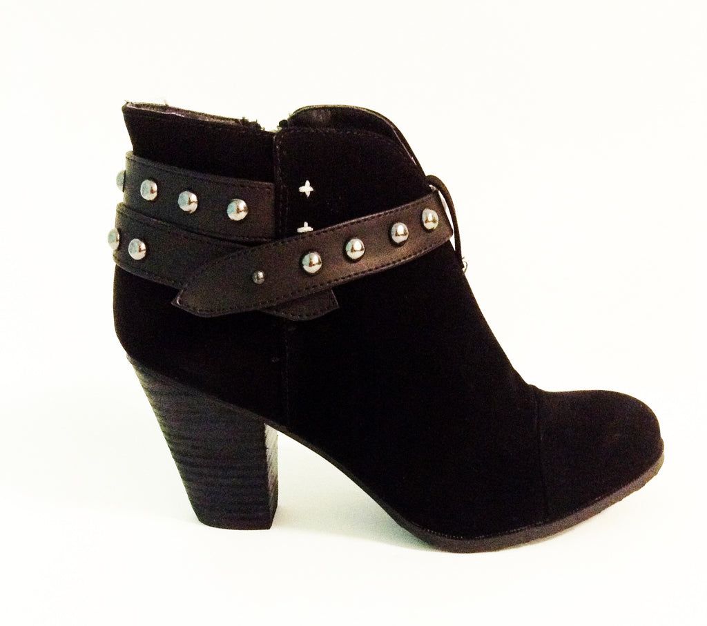 Fall Time Bootie Black