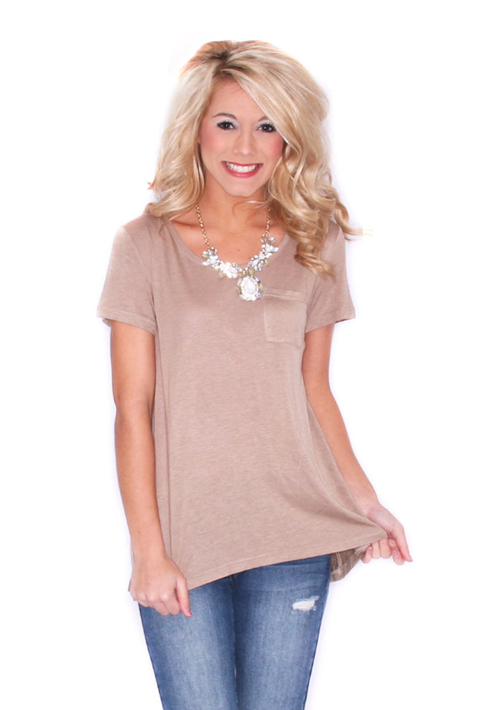 Chic Pocket Tee Khaki