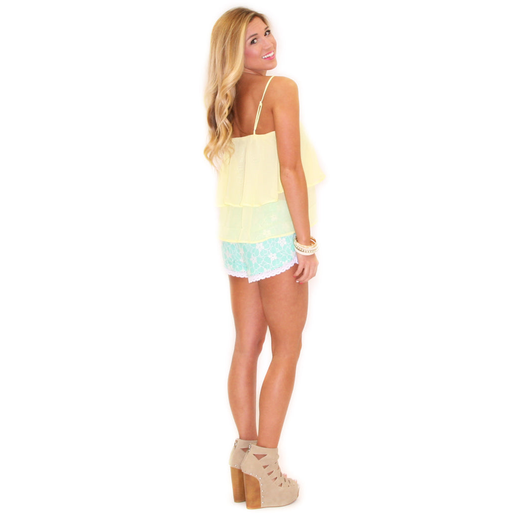 Walking On Sunshine Shorts Mint