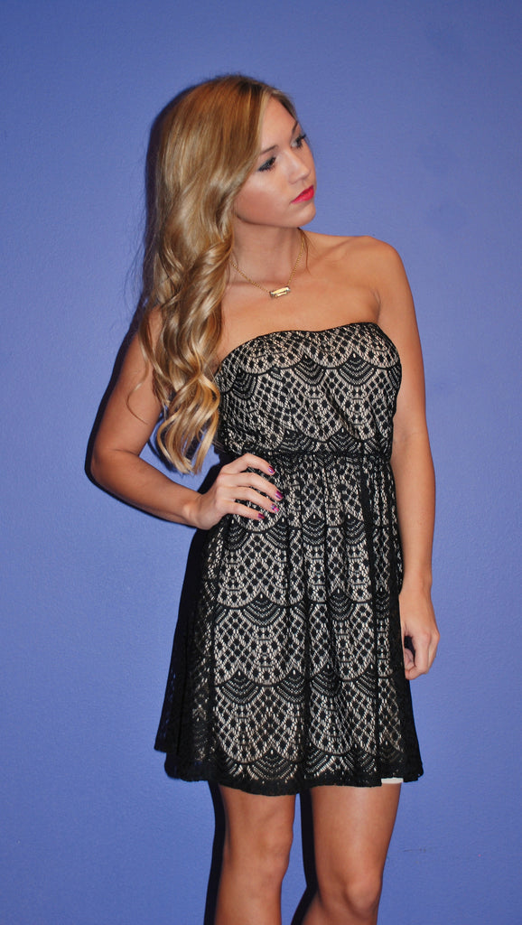Lace Grace Mini in Black