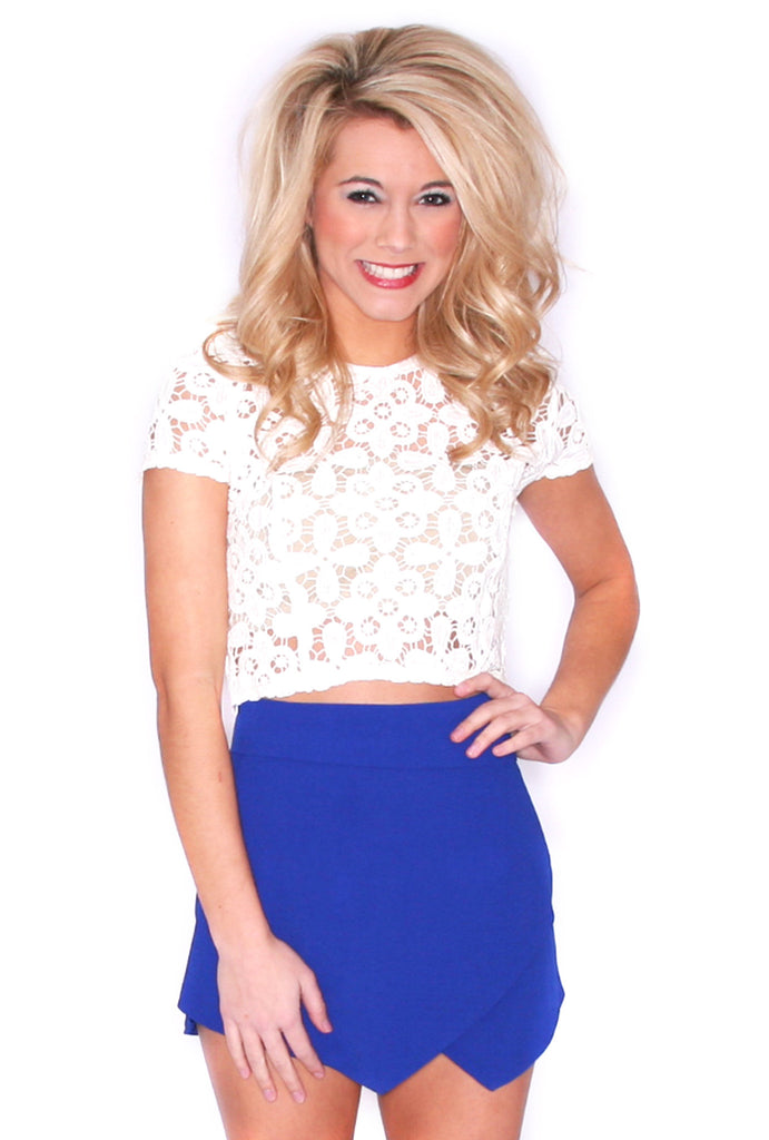Lace Divine Crop in Ivory