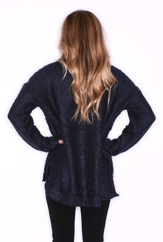 Mountain Poise in Navy