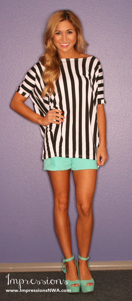Short Sleeve Black Stripe PIKO