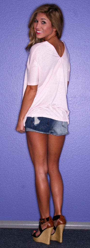 PIKO V-Neck Tee in Pink