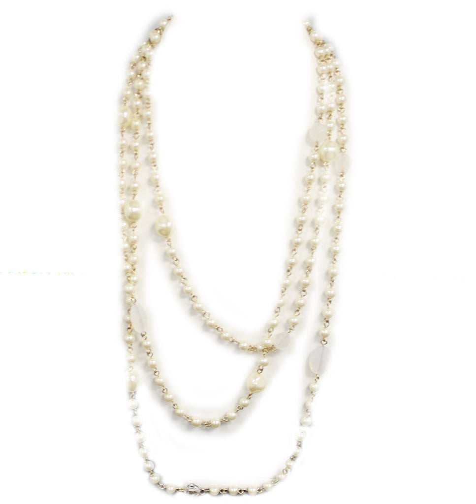 Pretty In Pearls Necklace