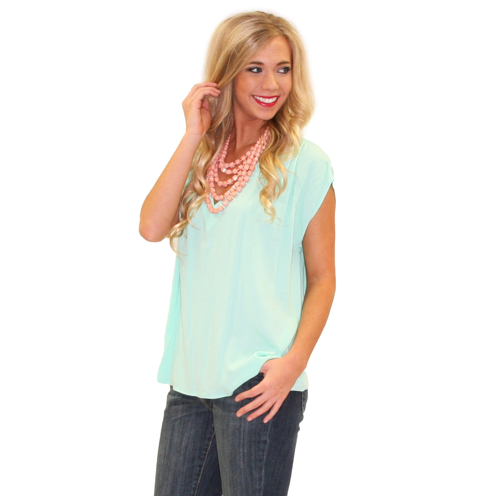 Pretty Little V-Neck Mint