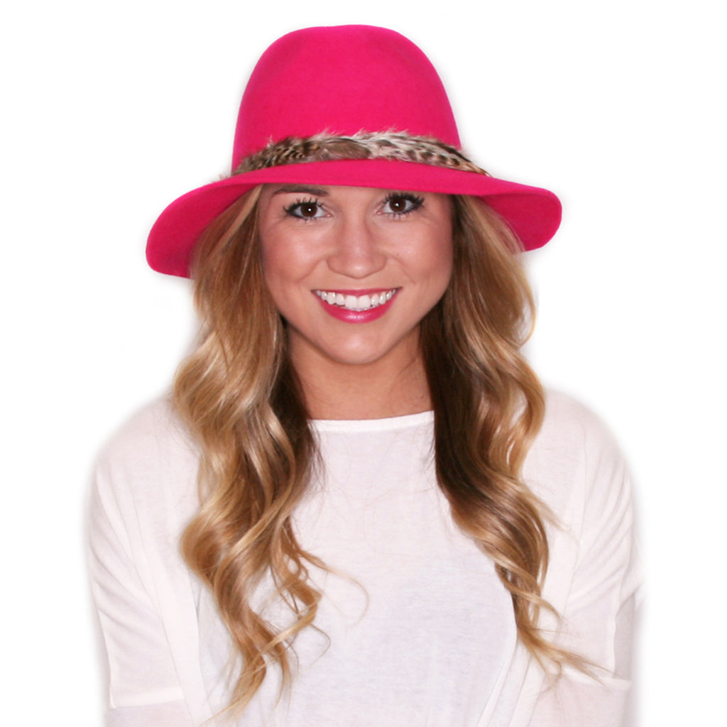 Weekend Getaway Hat in Pink
