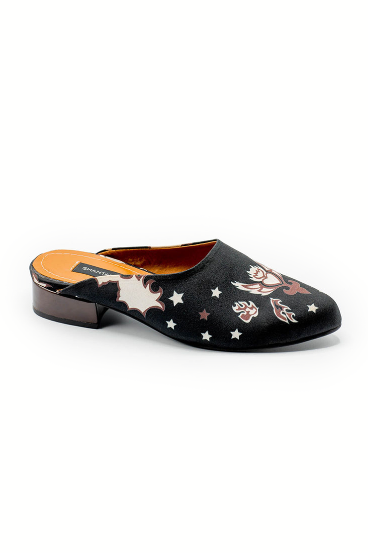 Backless Loafers - Shantall Lacayo