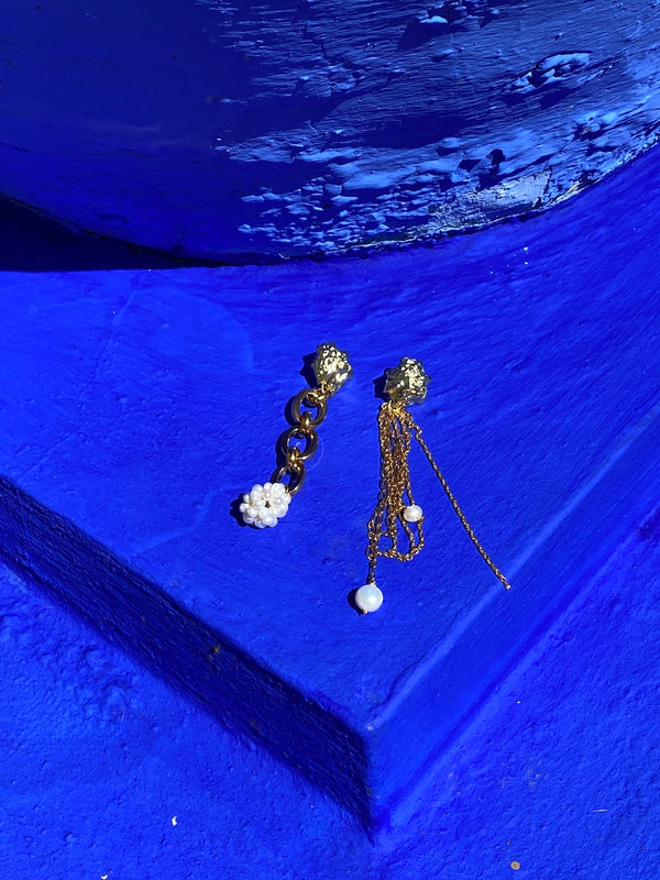 Flying berries earrings - Maeva Gaultier