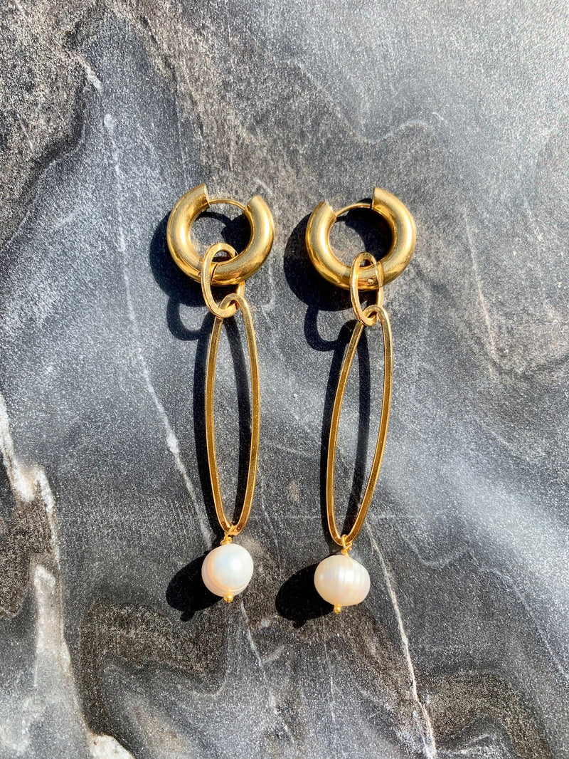 Ask the pendulum earrings - Maeva Gaultier