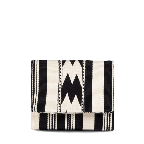 Hand woven Carmela Clutch - Ethical Shopping at Mercado Global