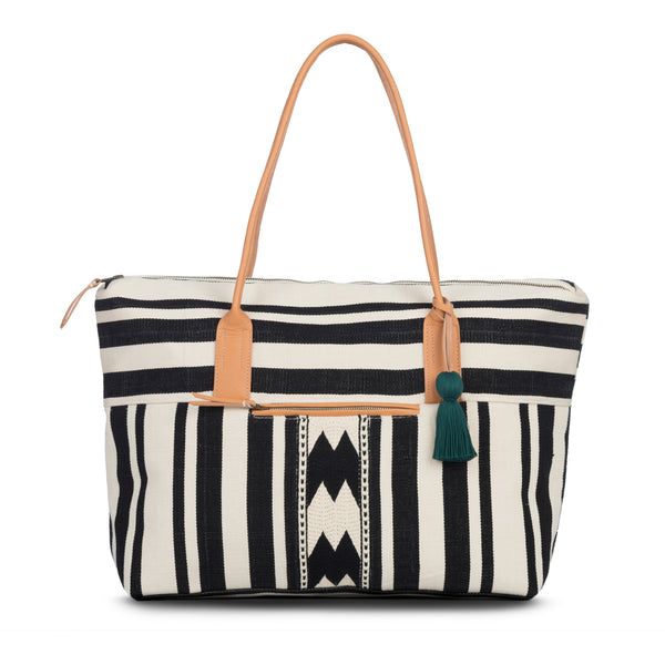 Hand woven Dolores Weekender - Ethical Shopping at Mercado Global