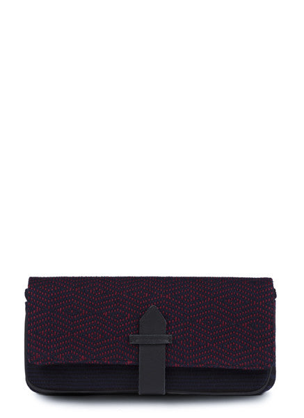 Hand woven Manuela Clutch - Ethical Shopping at Mercado Global