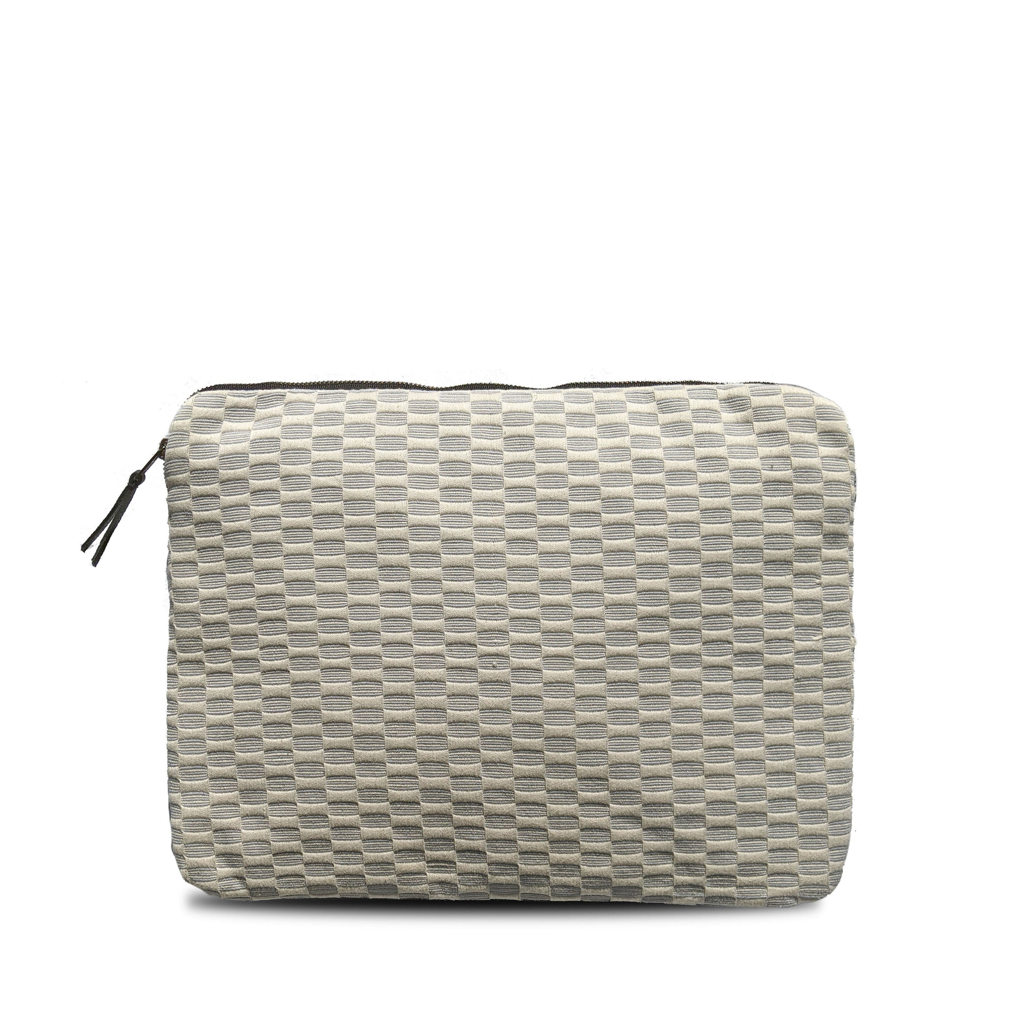 Laptop Case in Silver San Juan Brocade