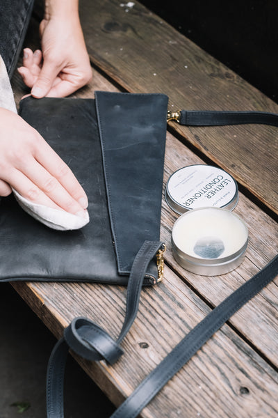 How to condition your leather handbags