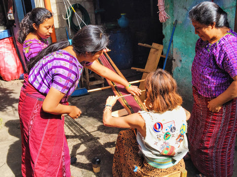 Women Weavers of La Familia Petzey