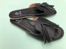 Load image into Gallery viewer, Black Domingo Sandal