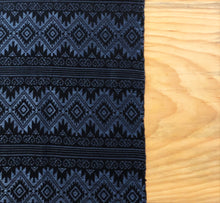 Load image into Gallery viewer, Metallic Blue Table Runner