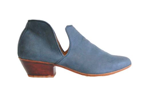 Blue Leather Vaquera