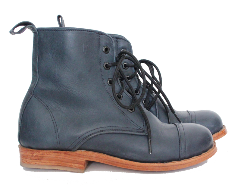 Classic All Leather Peace Boot
