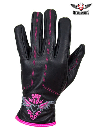 Pink-Heart Graphic Leather Gloves