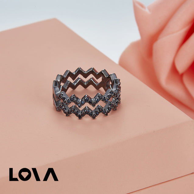 Flashing Ring with Micro pave Zirconia Stones - LovastyleOfficial