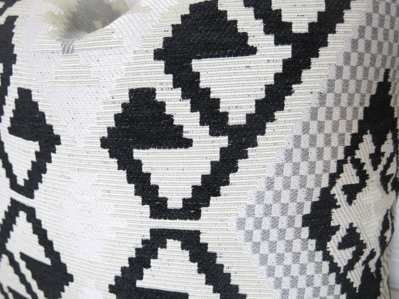 Kilim Pillow Cover - Black and Off-White